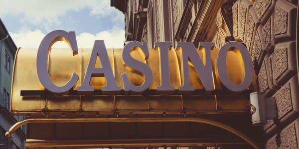 Pai Gow Poker: Austrumi atbilst Rietumiem